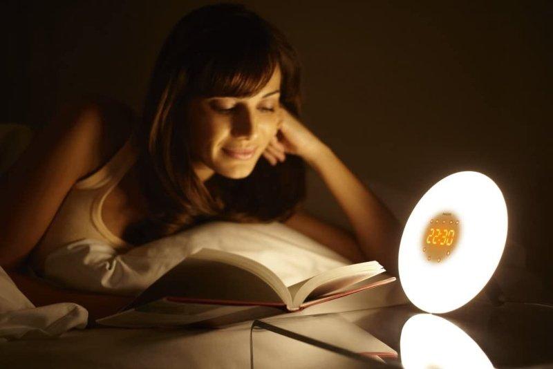 despertador digital con luz nocturna